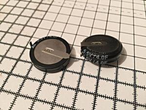 Максимальное напряжение 5,5 В, емкость 4Ф, ФОТО
