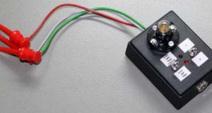 Простой тестер транзисторов, тиристоров и симисторов. Фото