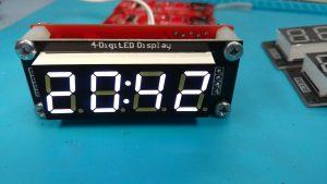 Простые 7-сегментные светодиодные часы на PIC16F18325. Схема